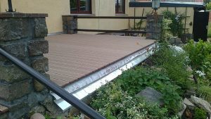Terrassenbelag fertiggestellt