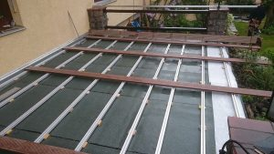 Terrassenbelag Verlegung Deckbelag